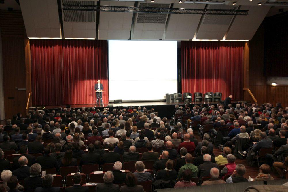 Robert Halver füllt Kongresshalle Gießen, Bild 4
