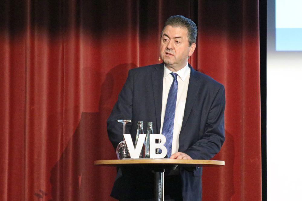 Robert Halver füllt Kongresshalle Gießen, Bild 5
