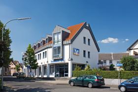 Volksbank Mittelhessen eG, Filiale Langgöns, Amthausstraße 1-3, 35428 Langgöns