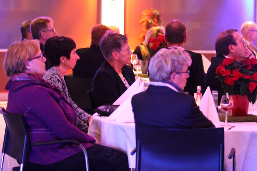 Vorstand der Volksbank Mittelhessen ehrt Jubilare 2016, Bild 20