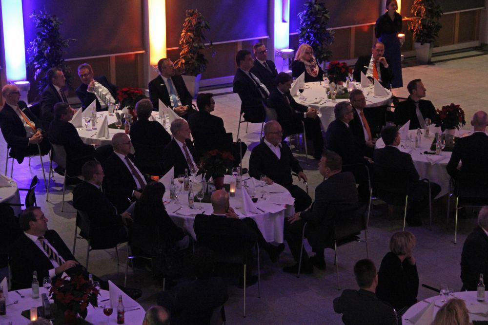 Vorstand der Volksbank Mittelhessen ehrt Jubilare 2016, Bild 10