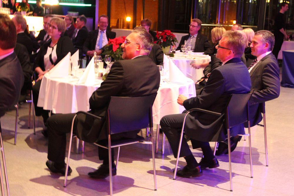 Vorstand der Volksbank Mittelhessen ehrt Jubilare 2016, Bild 38