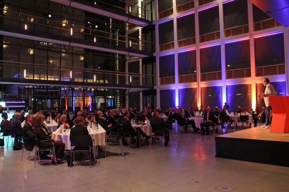 Vorstand der Volksbank Mittelhessen ehrt Jubilare 2016, Bild 33