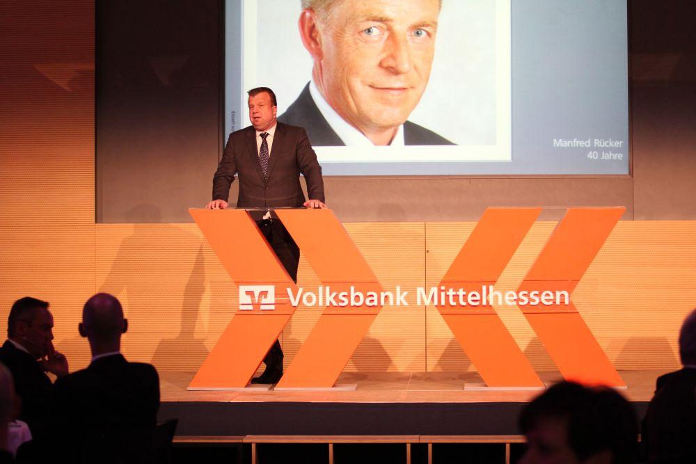 Vorstand der Volksbank Mittelhessen ehrt Jubilare 2016, Bild 18
