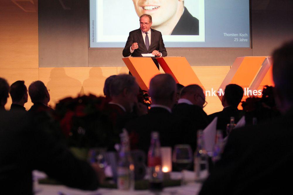 Vorstand der Volksbank Mittelhessen ehrt Jubilare 2016, Bild 29