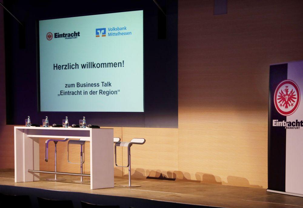 Eintracht Frankfurt zu Gast im Forum der Volksbank Mittelhessen, Bild 2